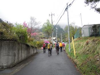 石楯尾神社付近.jpg